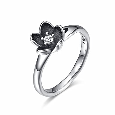 0fac2ac3a Amazon.com: Twenty Plus Sterling Silver Flowers Finger Rings Dazzling Daisy  Meadow Stackable Ring Birthday Jewelry Gift for Women: Jewelry