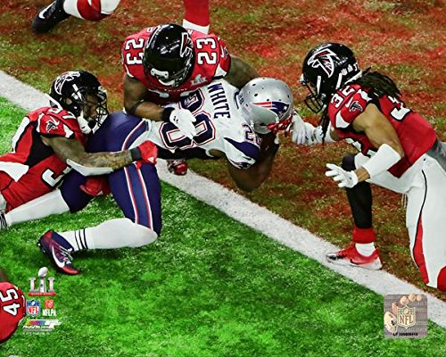 New England Patriots James White Score The Game Winning Touchdown! Super Bowl LI. 8x10 Photo Picture. (wht.)