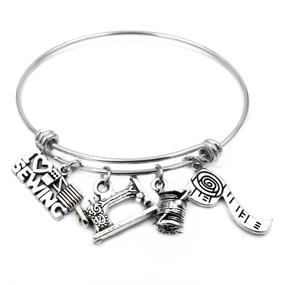 love to quilt bracelet gift for seamstress Quilter/'s gift sewing charm bracelet gift for quilter quilt charm bangle bracelet