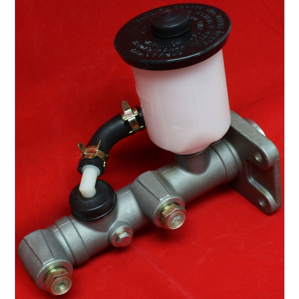 Bore Dia. Land Cruiser 81-85 7//8 in Brake Master Cylinder Compatible with Toyota Pickup 78-84