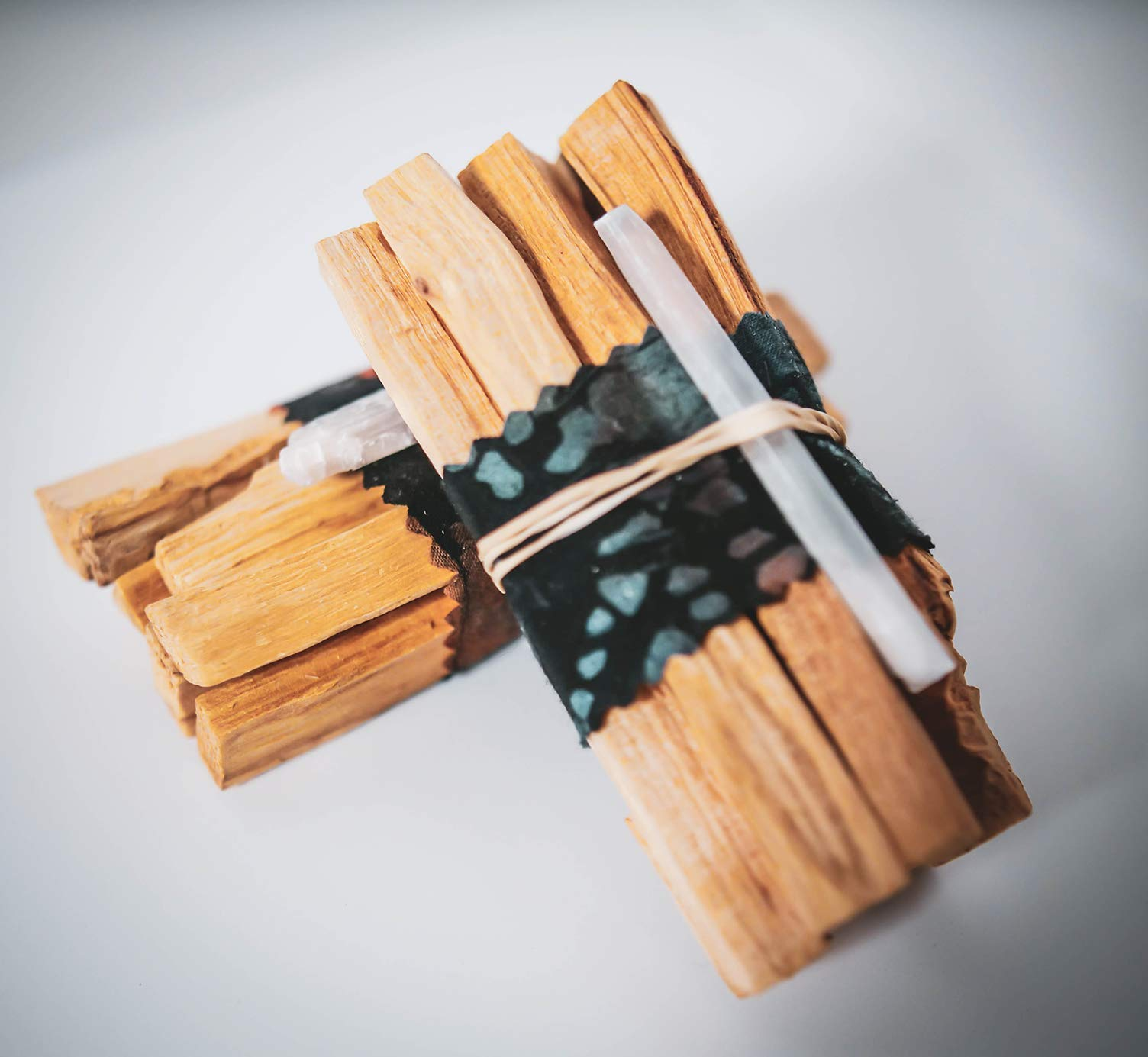 Galactic Brain Palo Santo Sticks | 12 High Resin Smudge Sticks Bundled with Selenite Stones | 90 Grams Palo Santo Wood for Cleansing Your Home by Galactic Brain (Image #3)