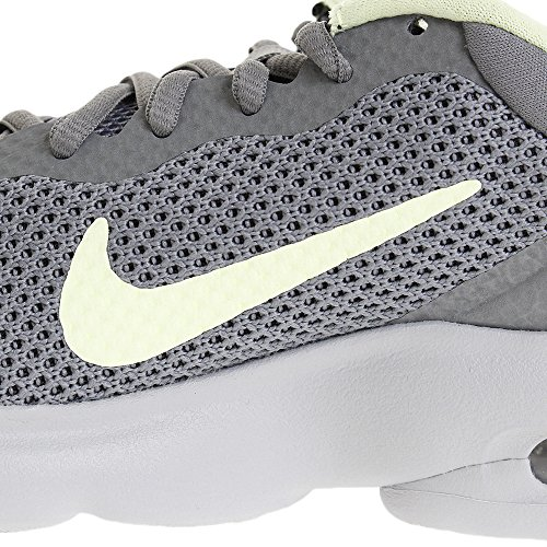 Barely Grey Shoe Volt Grey Nike Air Wolf Max Running Women's Advantage Cool wcqA8gp