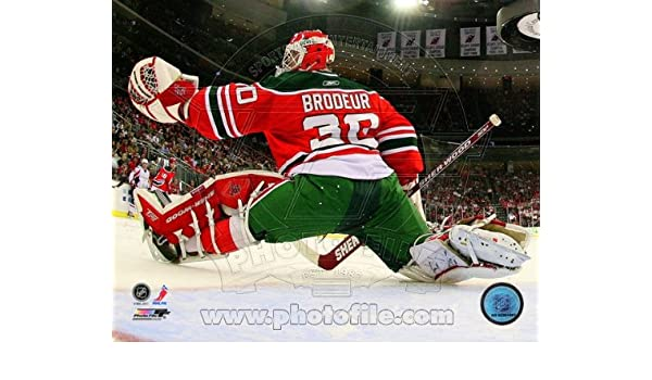 pretty nice 70d14 8c54a Amazon.com: Martin Brodeur New Jersey Devils NHL Action ...