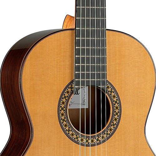 Guitarra Clásica Alhambra 4 P A (4/4): Amazon.es: Instrumentos ...
