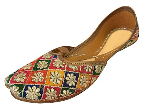 d69623428366 Step n Style Flat Shoes Flat Sandals Juttis Khussa Bridal Shoes Saree  Salwar Shoes  Buy Online at Low Prices in India - Amazon.in