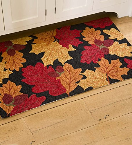 (Falling Leaves Indoor/Outdoor Accent Rug, 24W x 42L)