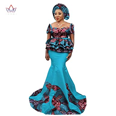 0d7f836349 Amazon.com  2018 New African Skirt Set for Women Dashiki Elegant African  Clothes Applique Plus Size Traditional African Clothing  Clothing