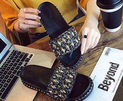 de Fond LIANGXIE Muffin Chaussures Une Faites Diamant Un Fashion Un Dérapant Diamant Épais avec Anti Mot Plat Zhhzz Confort Dame Glisser avec Noir Femmes Strass Et Nouveau Style Pantoufle pour HqrnXgqxzw
