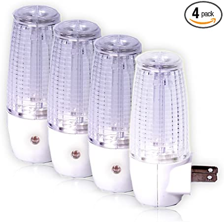 Maxxima MLN-50 LED Night Light With Dusk to Dawn Sensor