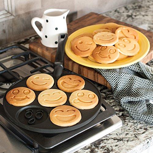 Nordic Ware Smiley Face Pancake Pan by Nordic Ware (Image #1)