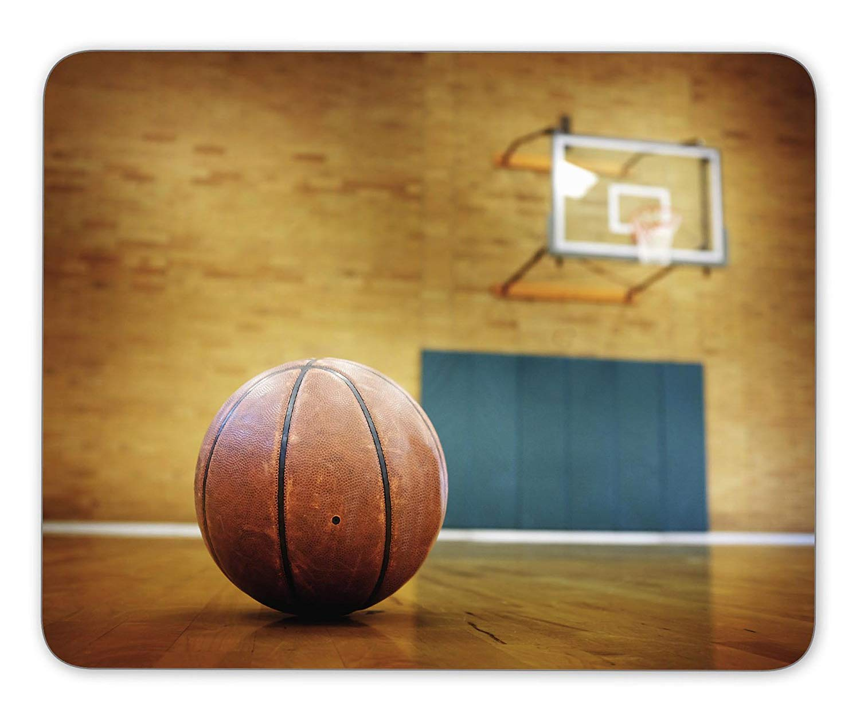 Pelota en la cancha de baloncesto para competiciones y deportes ...