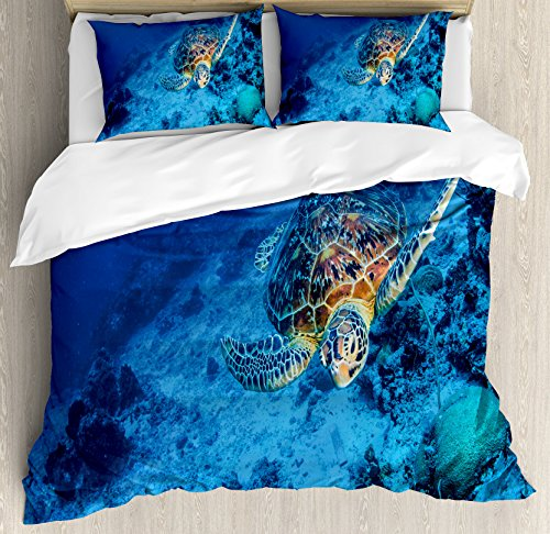 Turtle Duvet Cover Set King Size by Ambesonne, Oceanic Wildlife Themed Photo of Sea Turtle in Deep Blue Waters Coral Reef Hawaiian, Decorative 3 Piece Bedding Set with 2 Pillow Shams, Blue Orange