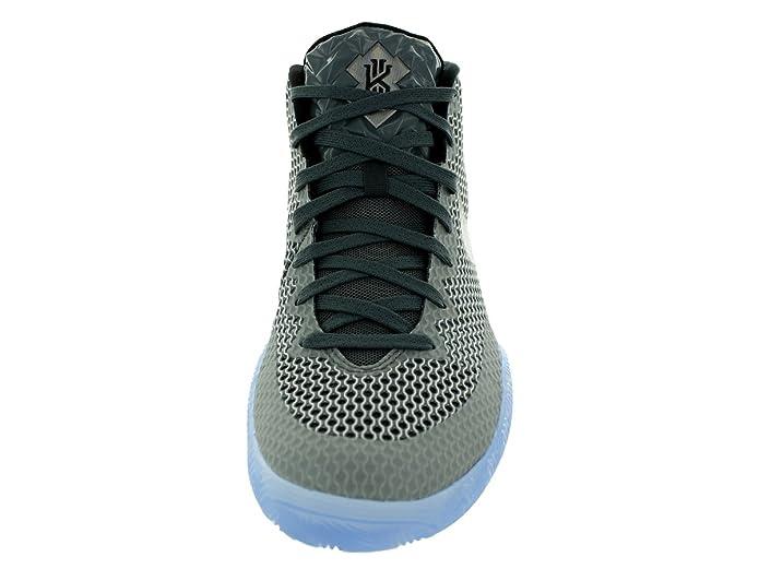 new styles cfb96 3b7b5 Amazon.com   Men s Nike Kyrie 1 AS