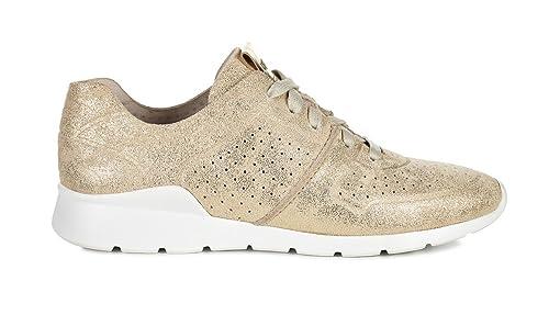 60df1849de7 UGG Tye - Stardust Gold - Trainers: Amazon.co.uk: Shoes & Bags