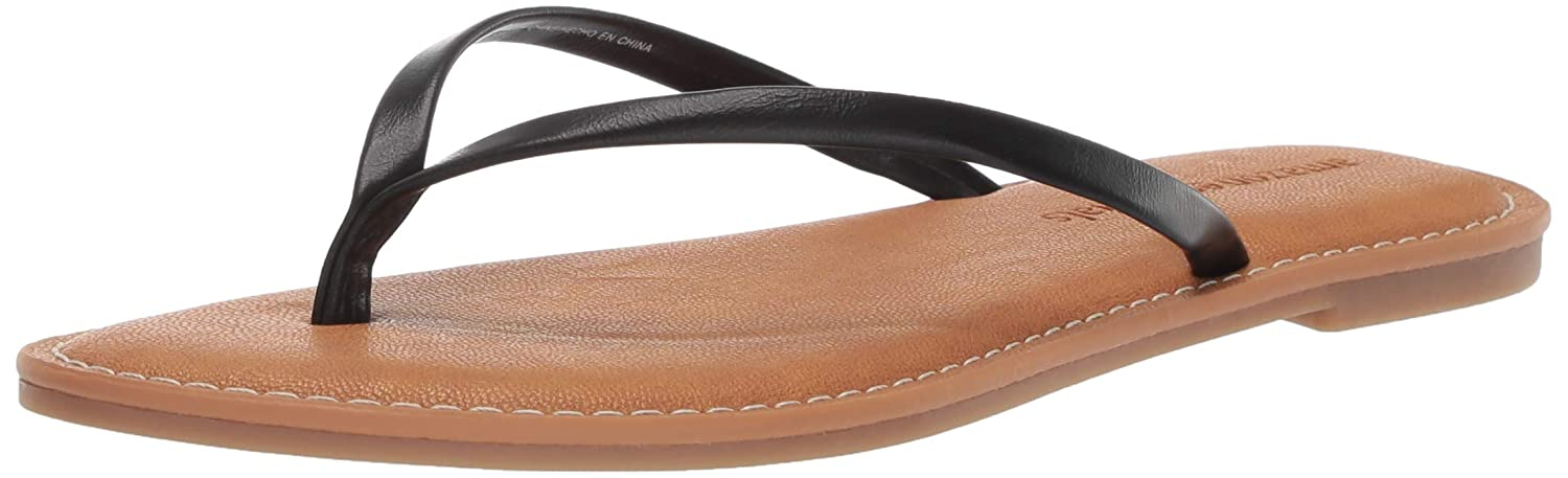 a2169542e3f561 Amazon.com: Amazon Essentials Women's Thong Sandal: Clothing