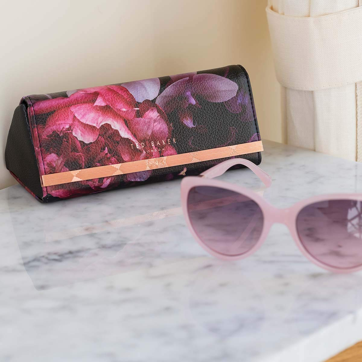 Black Splendour Sunglasses Case Ted Baker