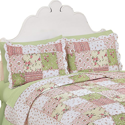 Collections Etc Country Bloom All Over Floral Patchwork-Style Quilted Pillow Sham, Standard (Bloom Pillow Sham)