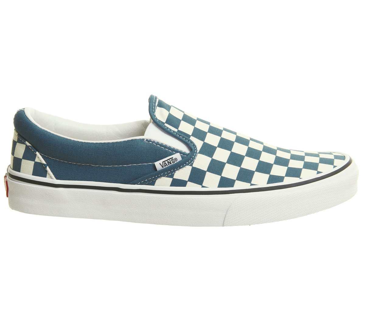 Vans Unisex Classic (Checkerboard) Slip-On Skate Shoe B078YC65D9 5.5 M US Women / 4 M US Men|Corsair True White