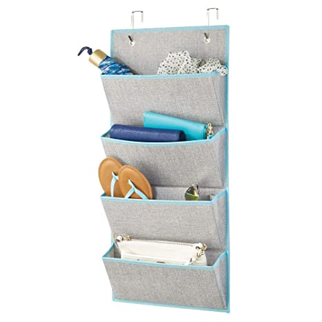 mDesign Organizador de armarios sin taladro – Colgador de ropa con 4 compartimentos grandes – Perchero de puerta multiusos para el cuarto de los niños ...
