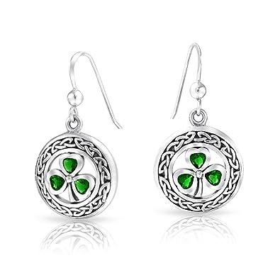 b8abf56c3 Amazon.com: Celtic Knot work Lucky Clover Kelly Green Circle Dangle ...