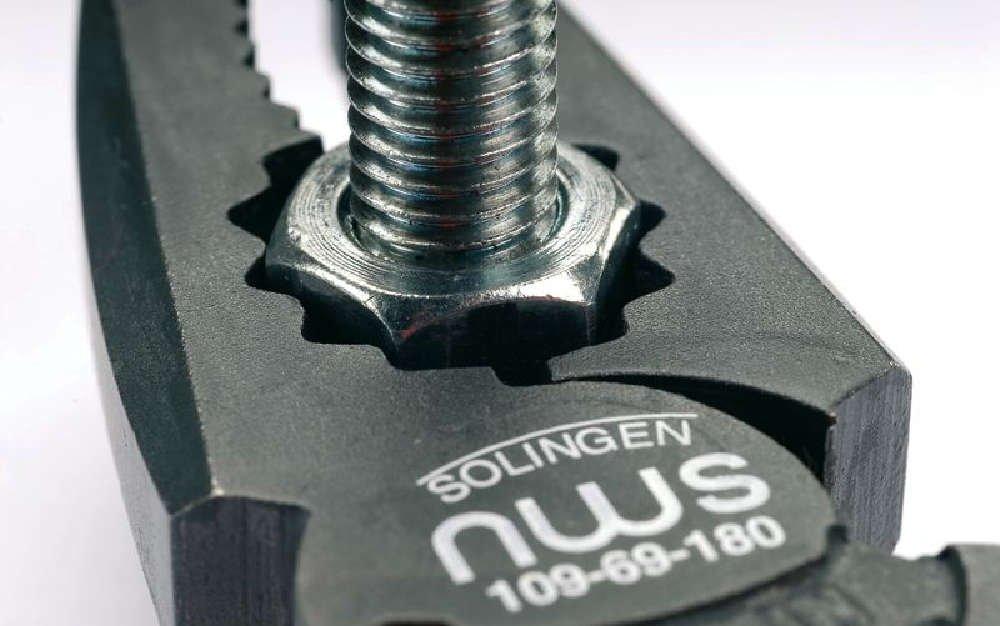 Amazon.com: NWS 109-69-205 High Leverage Combination Pliers 205 mm: Automotive