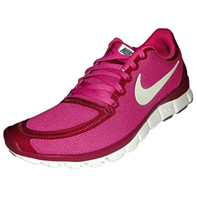 super popular 493a3 fe9d5 Amazon.com   Womens Nike Free 5.0 V4 511281 602 pink white size 6.5    Running