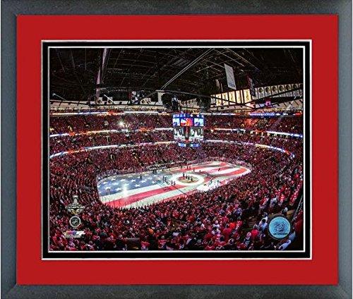 United Center Chicago Blackhawks NHL Stadium Photo (Size: 22.5'' x 26.5'') Framed by Photo File