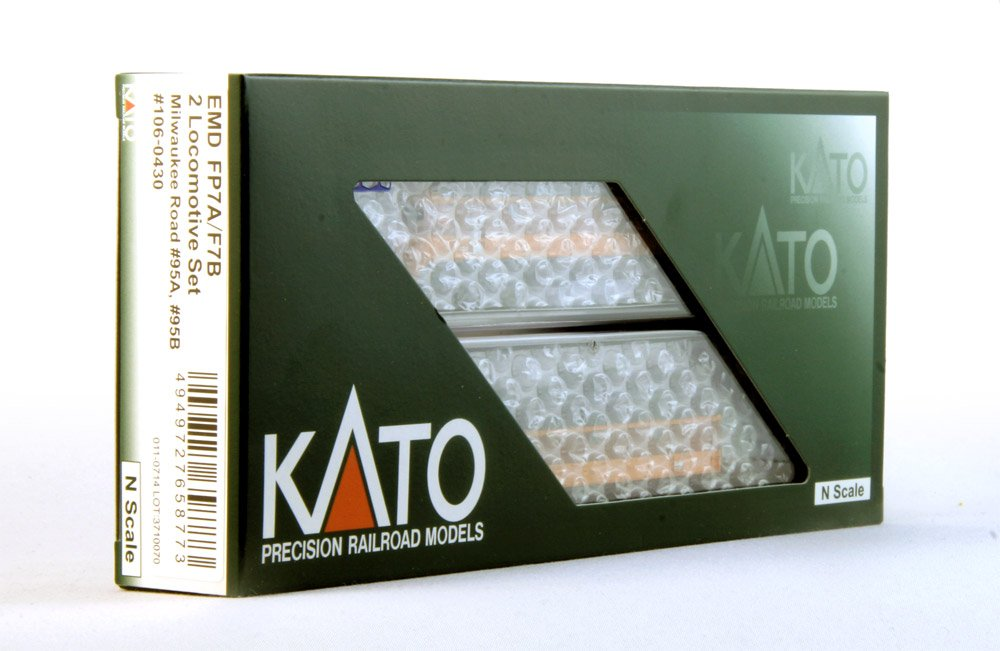Kato KAT1060430DCC N FP7 A//B w//DCC MILW #95A//95B