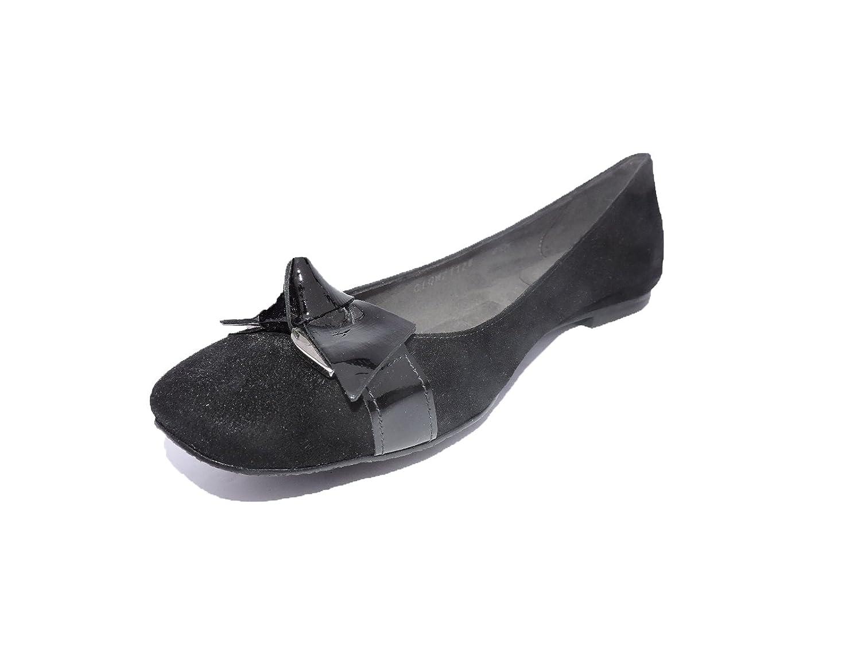 c89f2663a Amazon.com  Stuart Weitzman Womens Character Designer Ballet Flats Black  Suede Size 6.5 M  Shoes