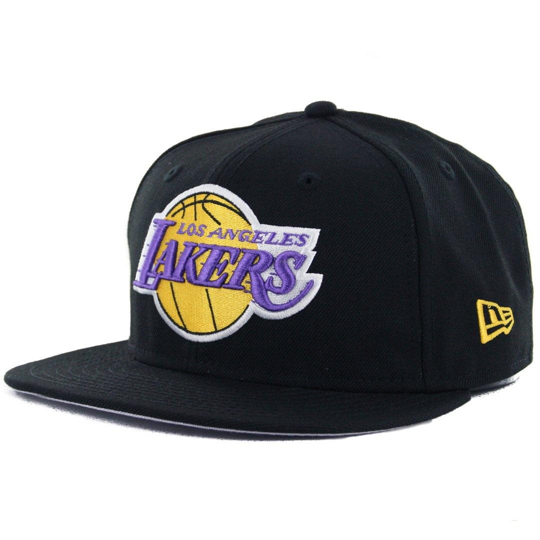 new style 37bb7 8a7c8 Amazon.com   New Era 59Fifty Los Angeles LA Lakers Fitted Hat (Black) Men s  HWC NBA Cap   Sports   Outdoors
