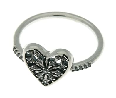 4cab20d51938 Pandora corazón de invierno anillo
