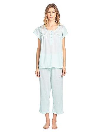 bae374ab8a1 Casual Nights Women's Short Sleeve Lace Dot Capri Pajama Set - Green -  Medium