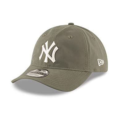 de0e78ce95d New Era Hats 9TWENTY New York Yankees Baseball Cap - Nylon Packable - Olive  One-