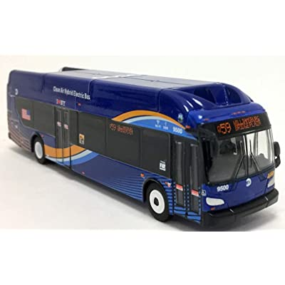 Iconic Replicas MTA NYC Transit New Flyer Excelsior Bus 1/87 Scale- HO Scale New! Limited Edition! Q59: Toys & Games