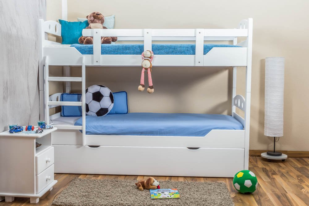 Stockbett mit Bettkasten Easy Sleep K11/h inkl. Liegeplatz und 2 Abdeckblenden, Kopf- und Fußteil mit Löchern, Buche Vollholz massiv Weiß - Maße: 90 x 200 cm, teilbar