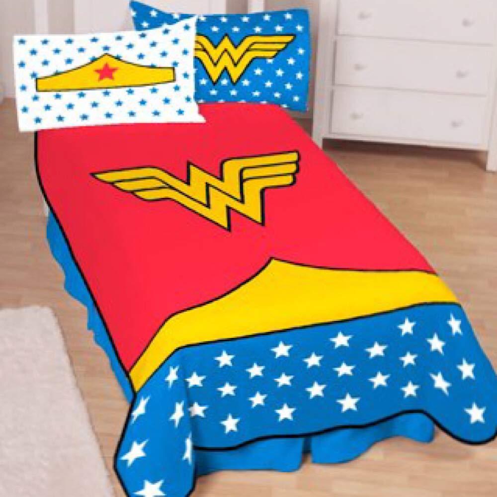 Wonder Woman Girls Twin Size Bedding Blanket by Wonder Woman Kids
