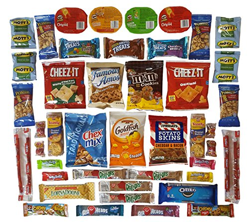 OxBox Care Package- 46 Count- of Ultimate Sampler Mixed Bars, Cookies, Chips, Candy Snacks Office, Meetings, Schools, Friends & Family, Military, College, Mothers Day Gift, Fun Variety Pack (OxBox 46) (Days 1 Oz Sampler)