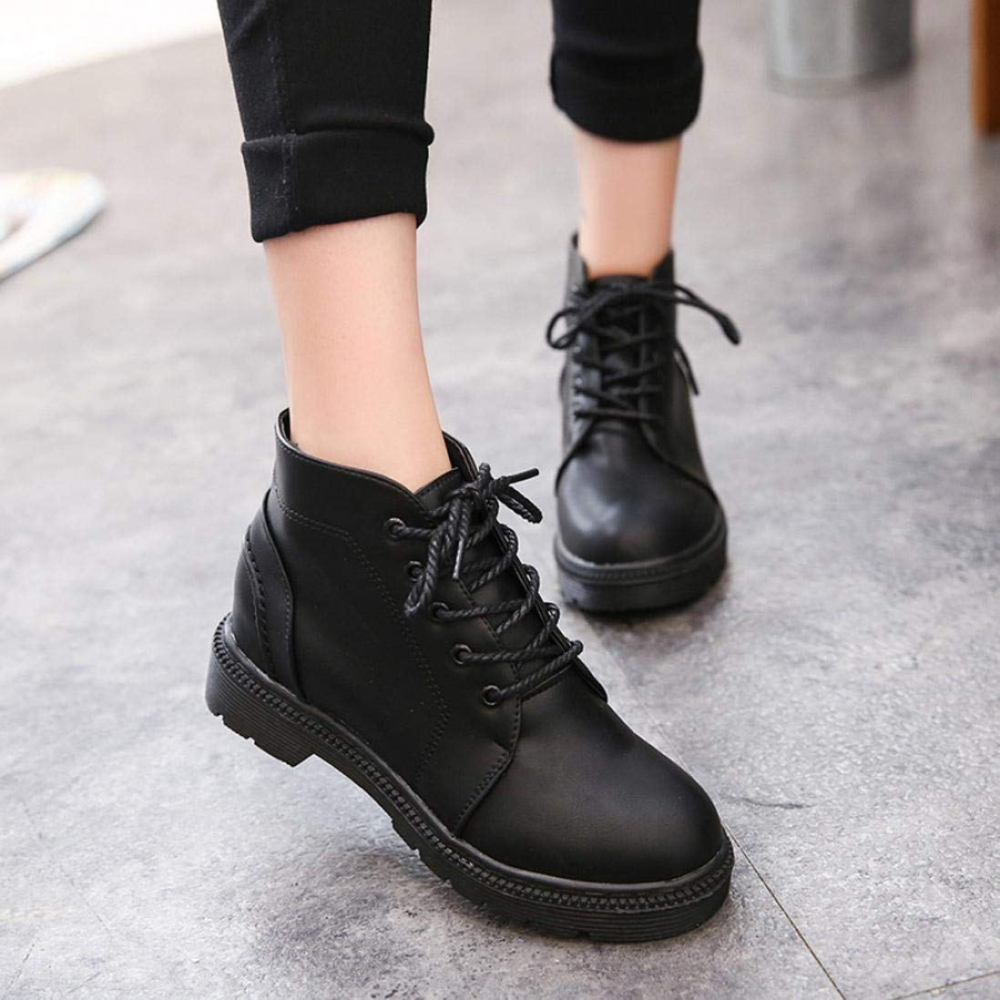 Gyoume Women Ankle Boot Lace-up Low Heel Boots Shoes Platform Martin Boots Autumn Winter
