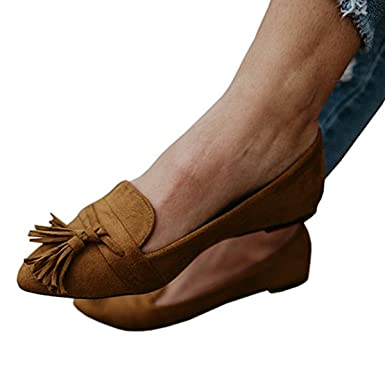 cce1de82db9 Amazon.com  Huiyuzhi Womens Faux Suede Fringe Tassel Slip On Ballet Flat  Pumps Shoes  Clothing