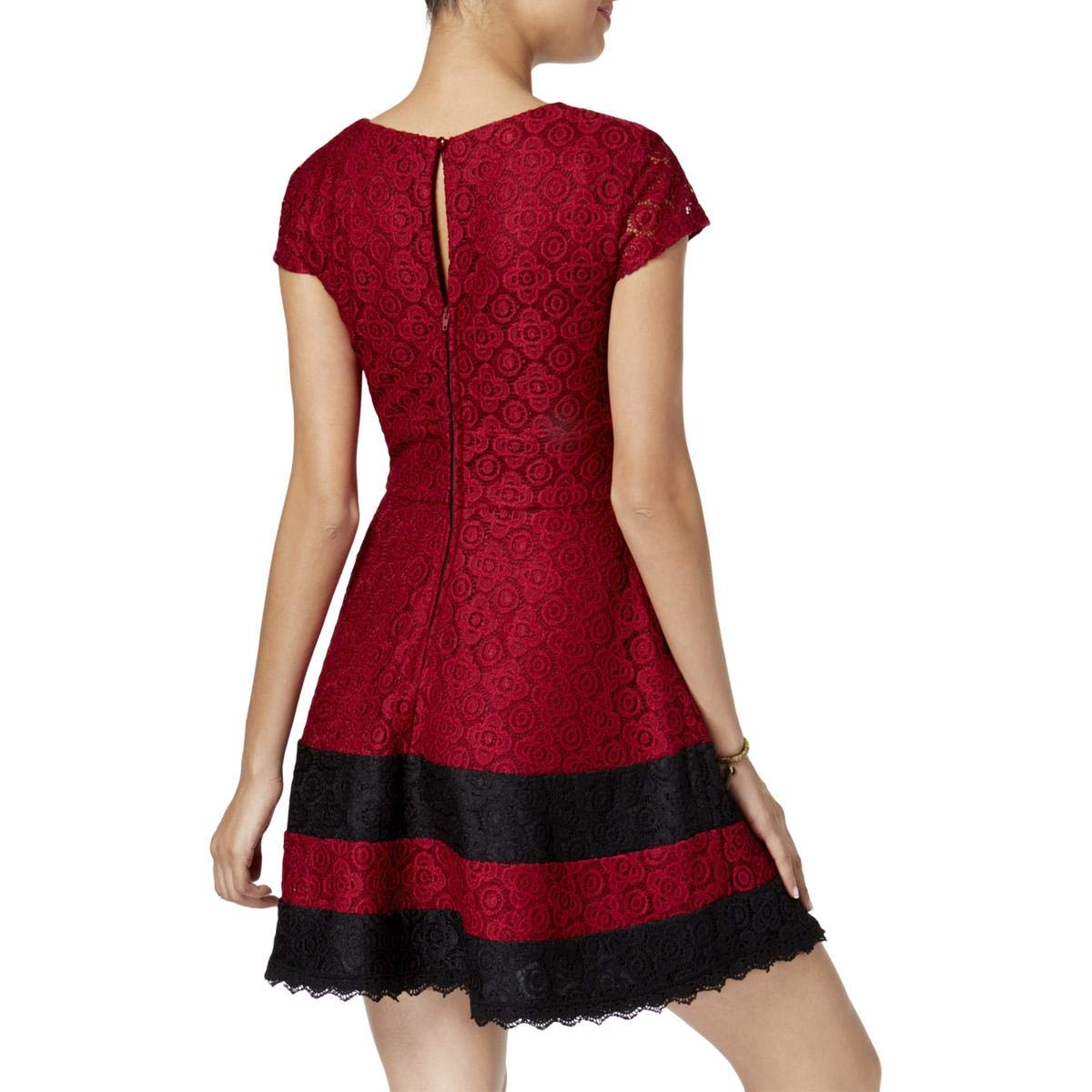 c91ed50f3 Amazon.com: Teeze Me Womens Juniors Lace Mini Party Dress Red 1/2: Clothing