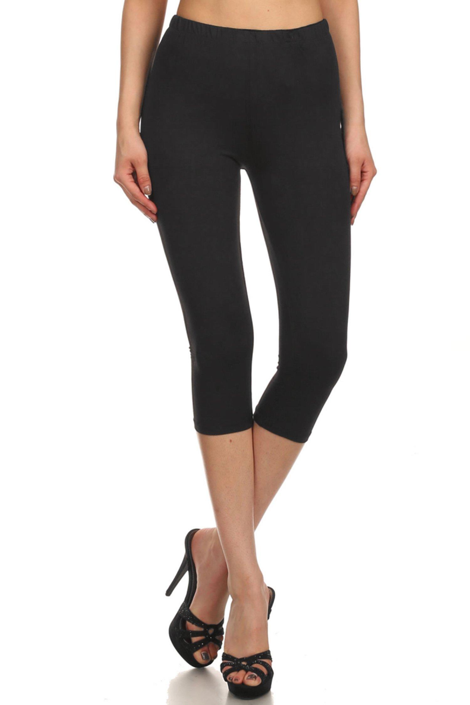 Leggings Mania Women's Solid Colored Capri Leggings Plus Size Black