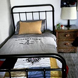 Amazon Com Dhp Brooklyn Metal Iron Bed W Headboard And
