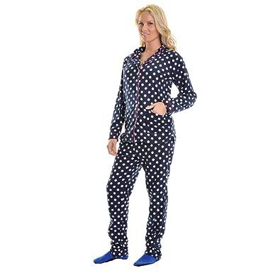 Amazon.com: Cozy Fleece Pajama Set: Clothing