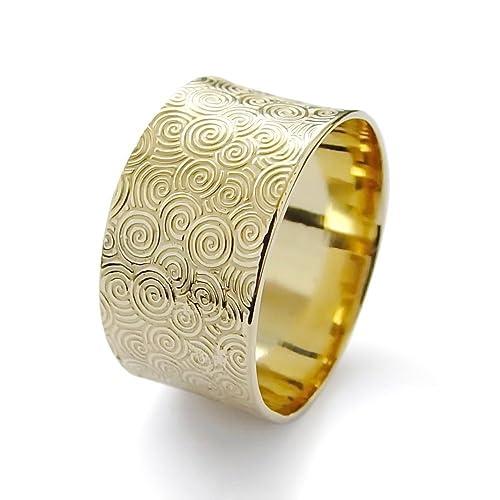 Amazoncom Ethnic wedding ring Vintage style wedding gold band