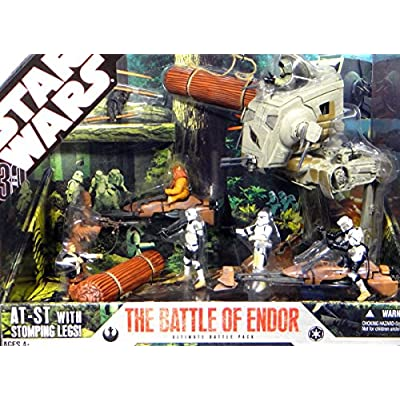 Star Wars 30th Anniversary Saga 2007 Exclusive Action Figure Mega-Pack The Battle of Endor: Toys & Games