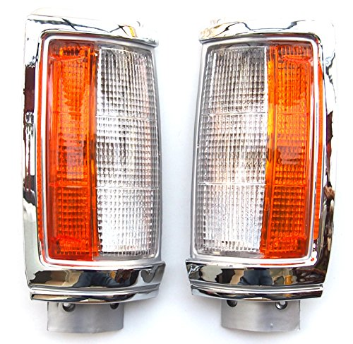 Front Turn Signal Indicator Corner Lamp, Left and Right Side: