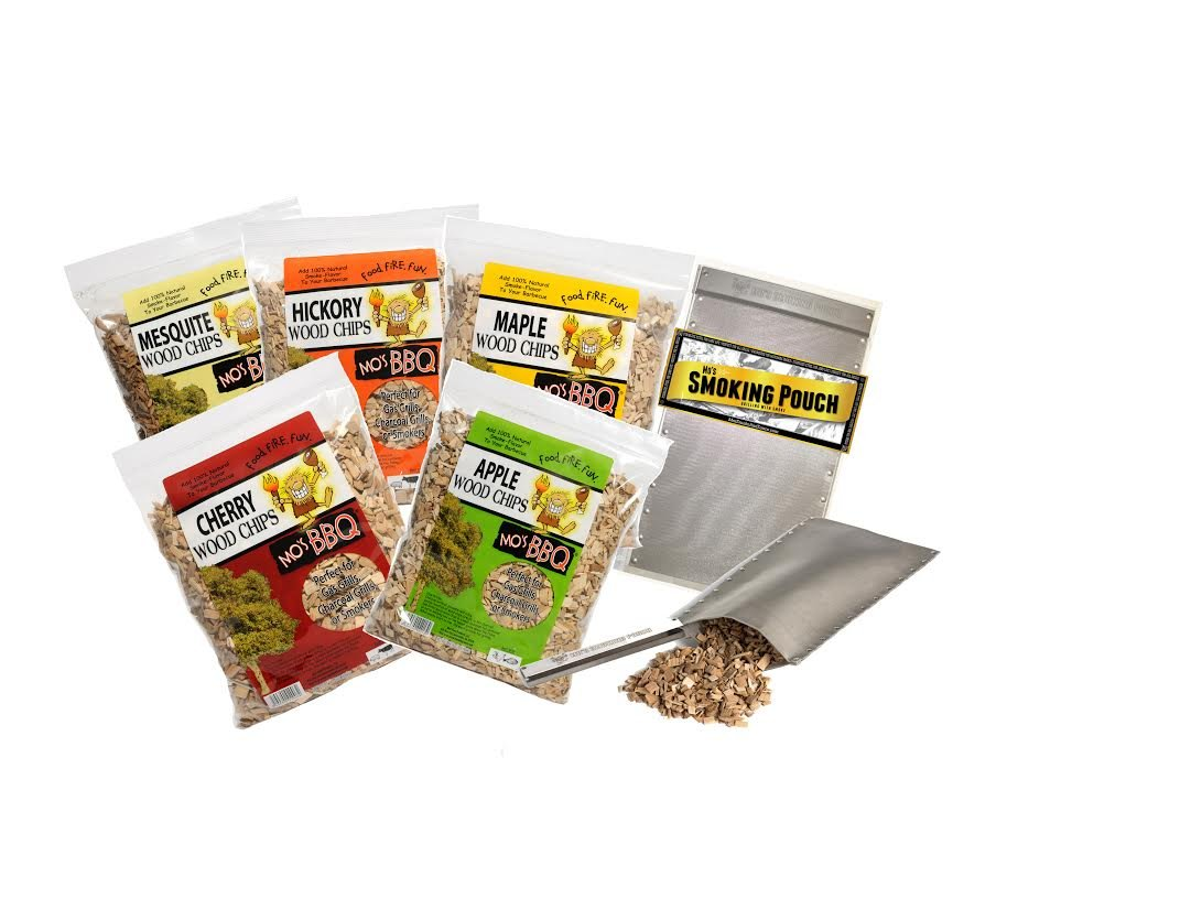 Smoking Pouch Kit with 5 Pack of Natural Wood Chips for Adding Flavor - Smoke Meat On Your Grill by Mo's Food Products