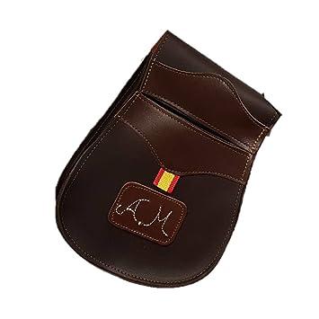 CAZA Y AVENTURA Una Bolsa de Ojeo-Bolsa portacartuchos, en Cuero y Personalizada con Las Iniciales, para Llevar en el cinturón.para 50 Cartuchos: Amazon.es: ...