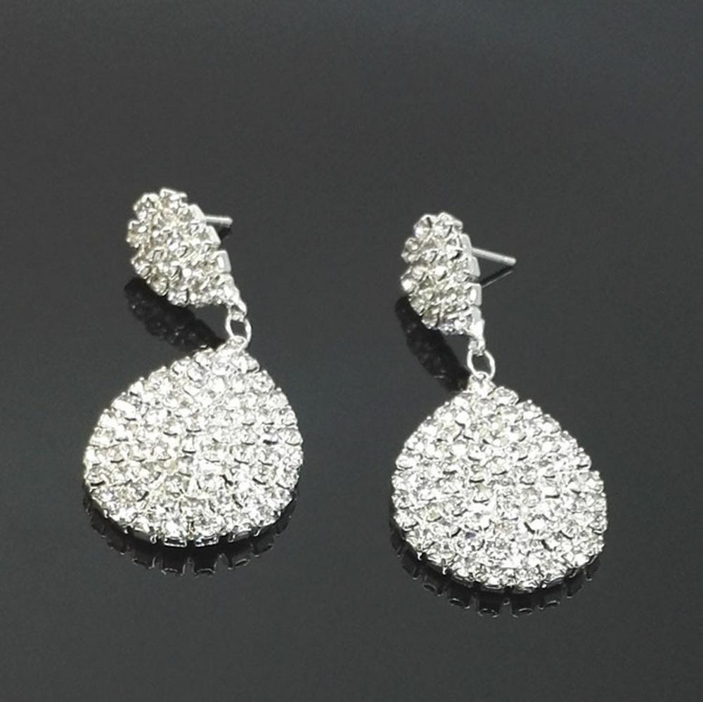 おすすめ Maeryeヨーロッパとアメリカのファッションダイヤモンドドロップスタッドピアス B07DQP8GT7 B07DQP8GT7, Feelpool(フィールプール):b4541476 --- a0267596.xsph.ru
