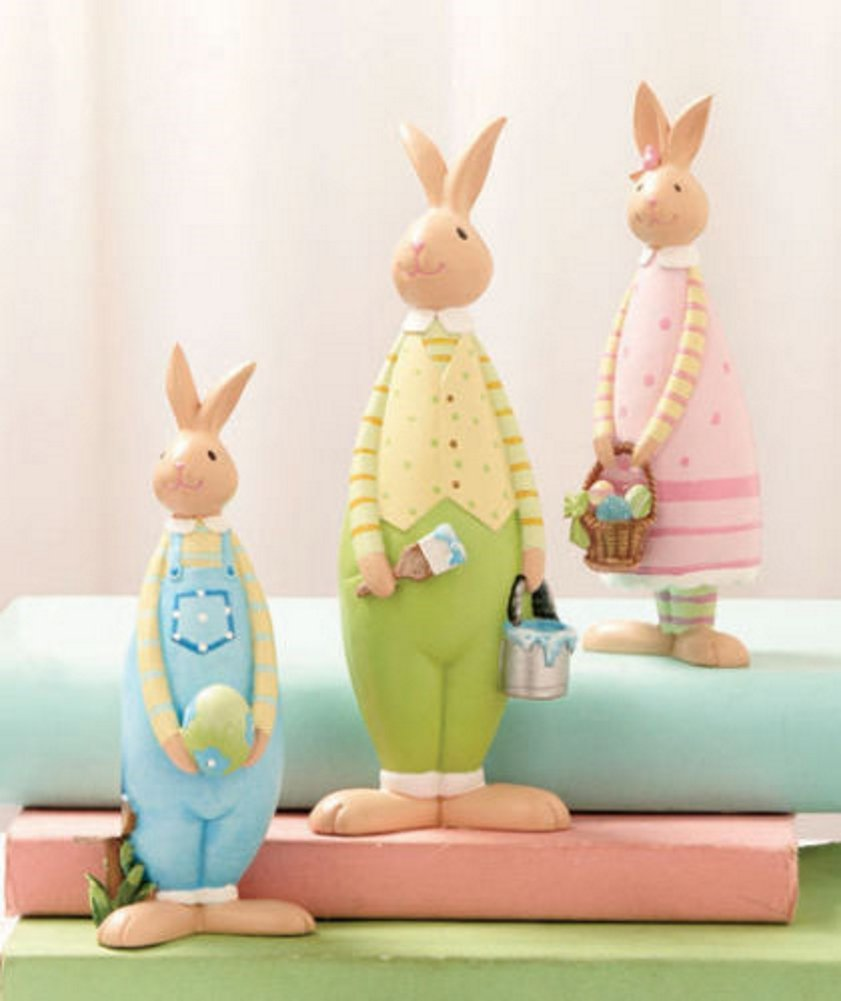 Amazon 3 piece easter bunnies figurine set whimsical spring amazon 3 piece easter bunnies figurine set whimsical spring decor table top home accent sculpture bunny family egg hunt rabbit decoration home negle Images